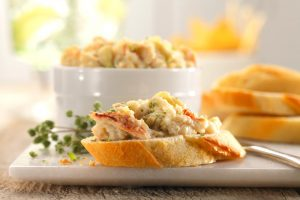 Buttery Crab and Artichoke Dip Recipe