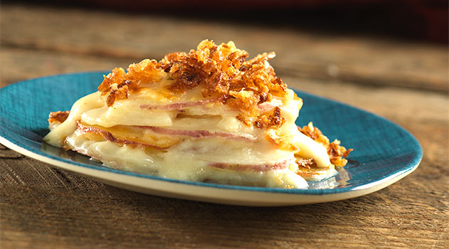 Idahoan Steakhouse Scalloped Red Potatoes with crunchy onion topping
