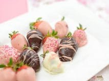 Chocolate dipped strawberries for Valentine's Day
